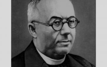 Августин Волошин.  Греко-католицький священик Мукачівської єпархії, з 1938 прем'єр-міністр автономного уряду Карпатської України, в 1939 став президентом цієї держави,